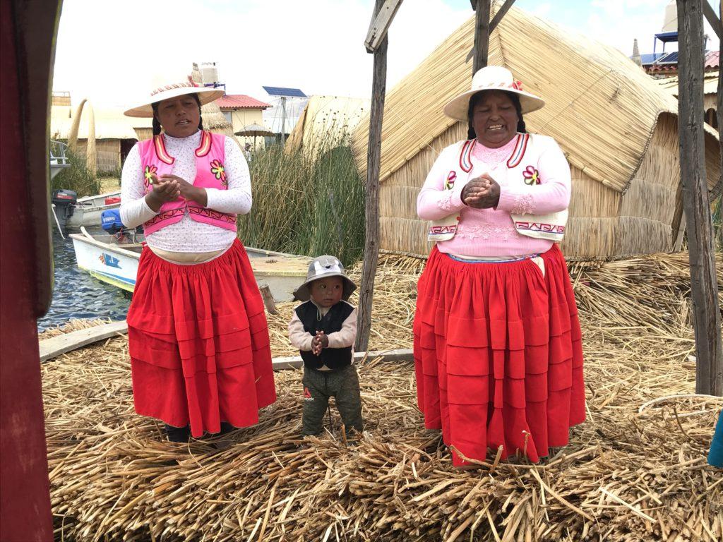Lokele vrouwen in Puno