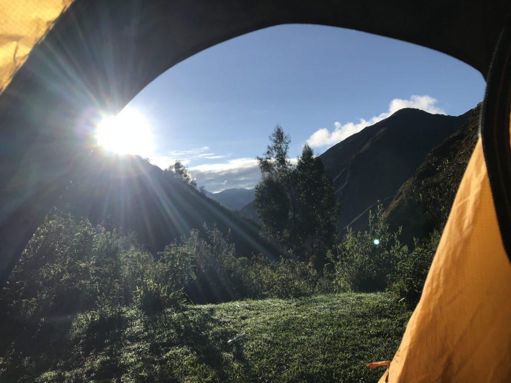 Colca Canyon trekking uitzicht uit de tent